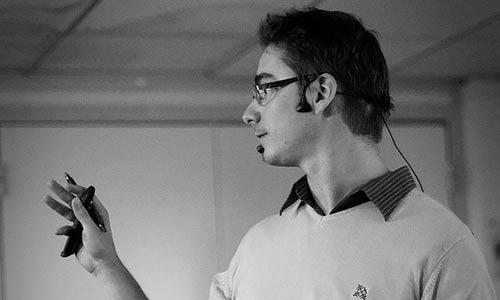 Jean-Pierre Vincent anime la soirée et redonne les bases de la webperf